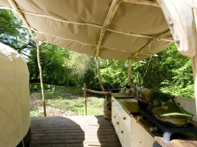 YURT KITCHEN TO FIREPIT MEDIUM C-U 1